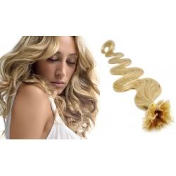 Vlnité vlasy evropského typu k prodlužování keratinem 50cm - přírodní blond